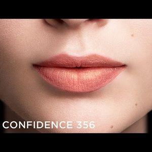 Like New L'Oréal x Balmain Lipstick